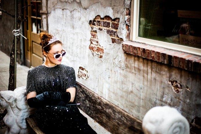 Ich bin Caroline Fischer,Inhaberin des UNternehmens Talent & Soul.Dort bin ich zudem als Stylistin und Persönlichkeitscoach tätig.Als Bloggerin schreibe ich zusätzlich den Blog fashionfuntalk.blog