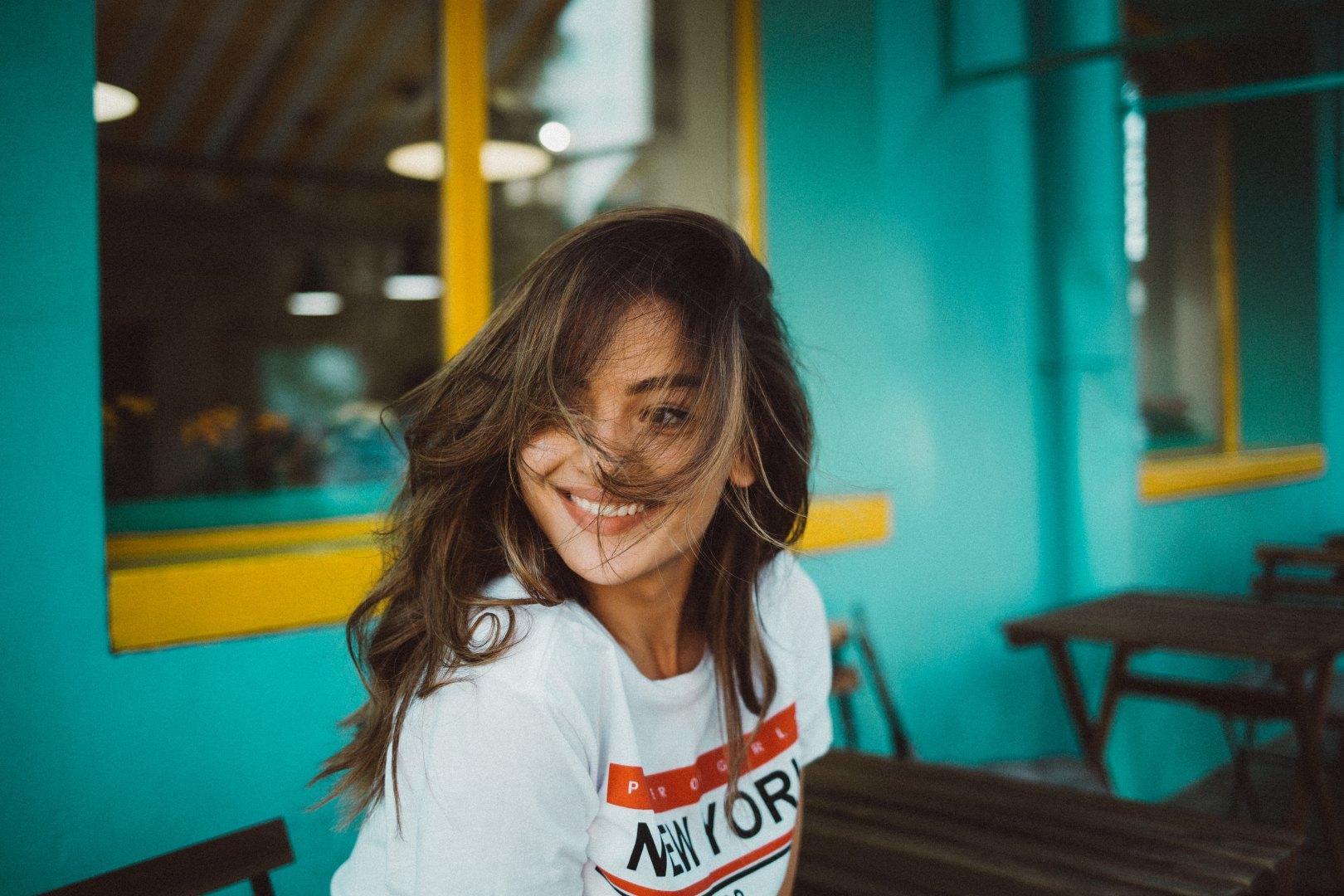 Die etwas andere Stilberatung in Nürnberg gibt es bei Talent & Soul. Die experimentierte Stylistin Caroline Fischer ist Inhaberin der Firma und Betreiberin des Blogs fashionfuntalk.blog.